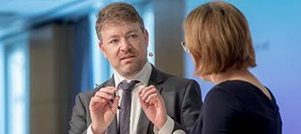 BAP-Präsident Sebastian Lazay eröffnete den Arbeitgebertag Zeitarbeit 2018